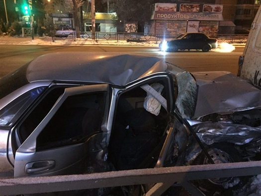 Четыре человека пострадали в ДТП на ул. Авроры в Самаре