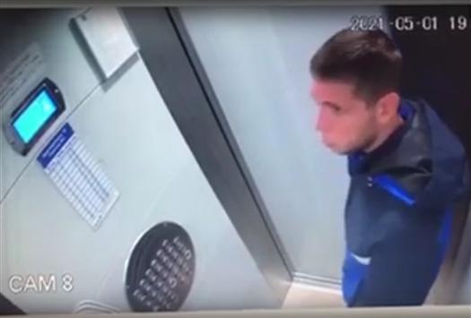 В Сети появилось видео с избиением ребенка в лифте