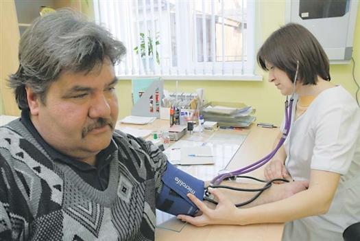Министерство здравоохранения создает молодым специалистам условия для работы и жизни в сельской местности.