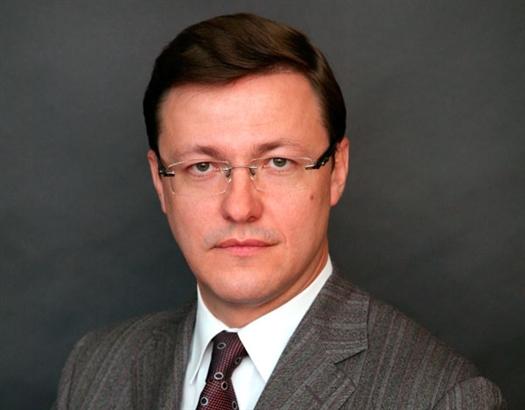 В ходе заседания все члены комиссии единогласно проголосовали за регистрацию Дмитрия Азарова в качестве избранного главы города. После этого ему было вручено соответствующее удостоверение.