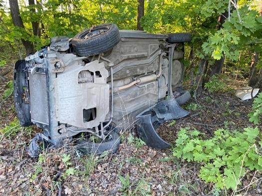 Водитель Lada Kalina улетел в кювет на трассе Самара - Бугуруслан