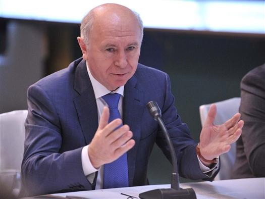 Губернатор обсудил перспективы производства самолета Ил-114 в Самаре