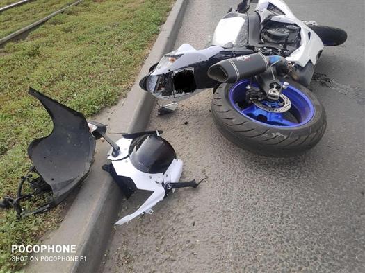 """В Самаре в ДТП пострадал мотоциклист, столкнувшийся с """"Газелью"""""""
