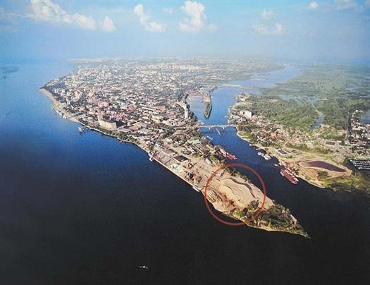 """""""Мы  и я, и все члены футбольного клуба, двумя руками """"за"""" строительство нового футбольного стадиона в Самаре"""", - отметил Развеев"""
