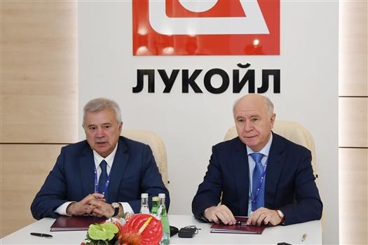 """Вагит Аликперов: """"В Самарской области сложилась атмосфера, которая стимулирует инвестировать в регион"""""""