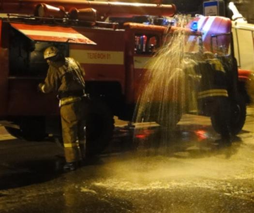 При пожаре в доме на ул. Фадеева в Самаре пострадали 11 человек