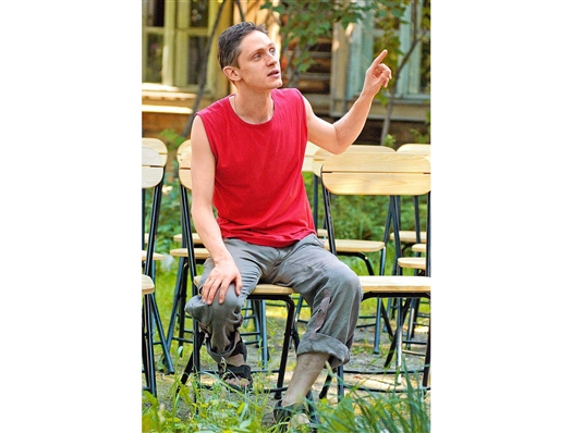 """Павел Маркелов: """"Уровень индивидуальности исполнителей и в драматическом, и в музыкальном театре сегодня - огромная проблема"""""""