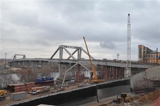 Рабочее движение по Фрунзенскому мосту запустят в сентябре