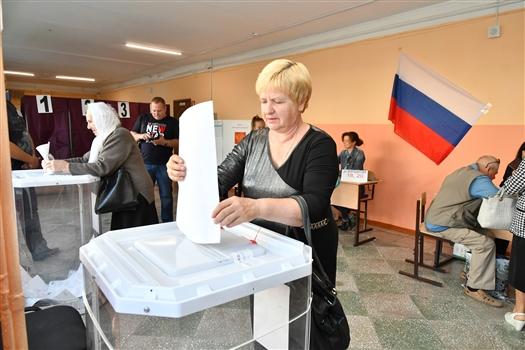 Облизбирком обработал 14,36% протоколов, у Дмитрия Азарова 77,5% голосов