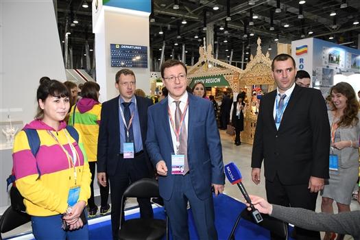 Дмитрий Азаров прибыл на ВФМС-2017