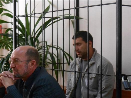 """""""Его состояние можно назвать подавленным, особенно после решения суда от 9 января о продлении ему срока ареста до 11 марта"""", - говорит Евгений Чернышев."""