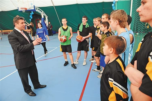 Сергей Бамбуров уверен, что развитие массового спорта — приоритетное направление