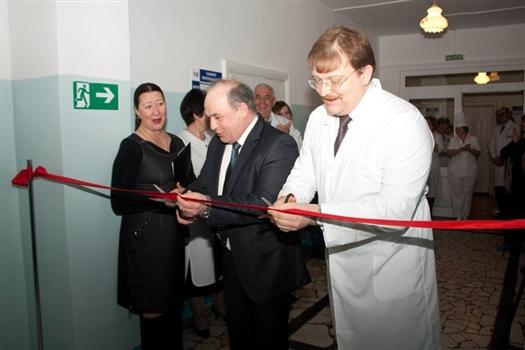 Открыли медицинский центр министр здравоохранения области и глава Сергиевского района