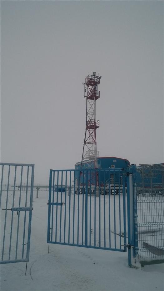 """Базовая станция """"Выживший"""" на берегу Ледовитого океана"""