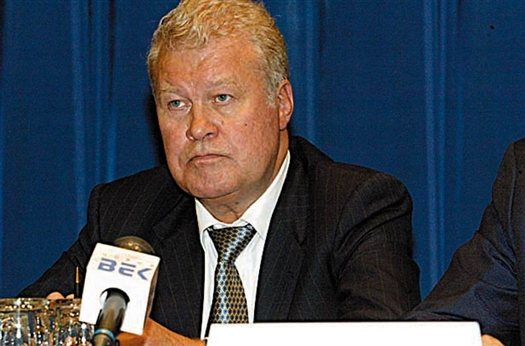 Владимир Каданников уменьшил долю в уставном капитале НТБ и вышел из состава акционеров банка