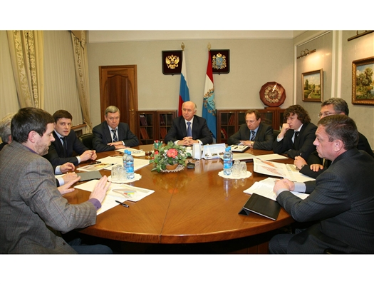 Николай Меркушкин провел совещание  по модернизации городской среды