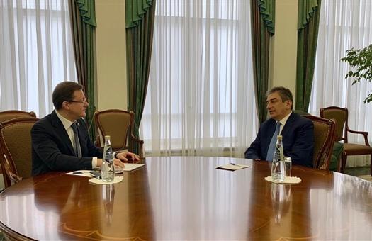 Дмитрий Азаров обсудил перспективы сотрудничества с Марком Курцером