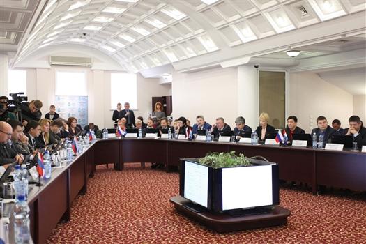 Состав молодежного парламента при городской думе расширили до 42 человек