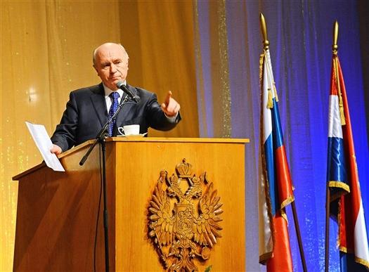 Губернатор Николай Меркушкин уверен, что решить проблемы Сызрани, которые копились годами, возможно только  при эффективном взаимодействии городской власти, областного правительства и жителей города