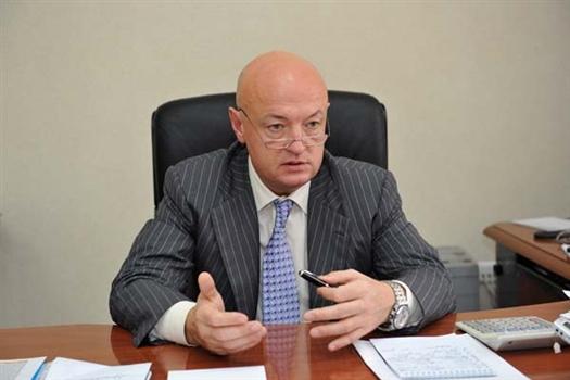 Министр управления финансами Самарской области Павел Иванов, подобно своему «федеральному коллеге» Анатолию Кудрину, предпочитает делать пессимистичные заявления. Даже не смотря на то, что пессимистичный прогноз по бюджету-2010 не оправдался.