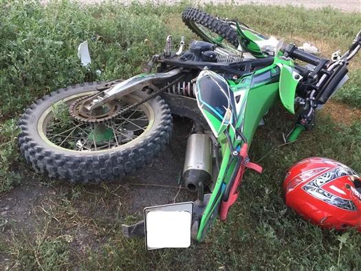 В Сызрани пострадал мотоциклист, который врезался в столб после ДТП