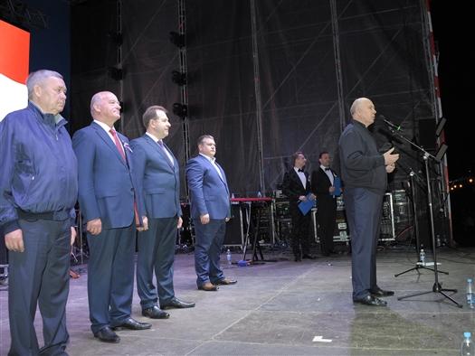Николай Меркушкин поздравил жителей региона с Днем России