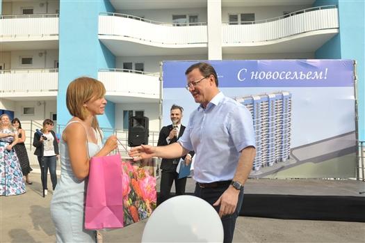 """Дольщики ЖК """"Альбатрос"""" получили ключи от квартир"""