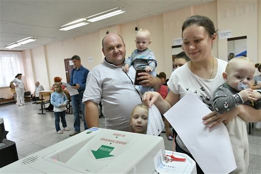 На 18:00 явка на выборах губернатора - 40,26%