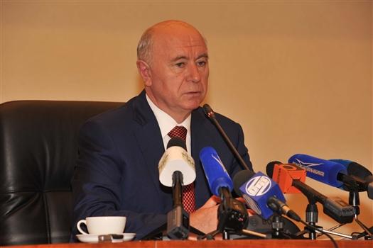 """Глава региона: """"И Станкевич, и Азаров могут достойно представлять Самарскую область в Совете Федерации"""""""