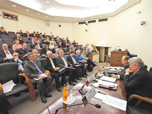 Самарские делегаты выступили за доработку федерального законодательства по вопросам создания вузами хозяйственных обществ.