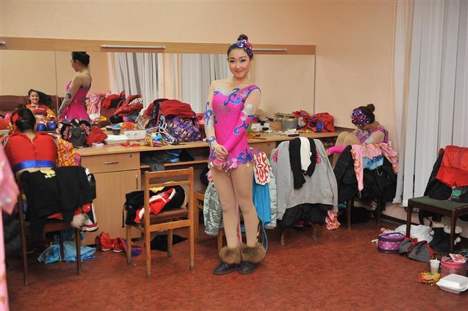 «Принцессам» из цирка Хэбэя, гастролирующего в Самаре, нельзя выходить замуж и рожать